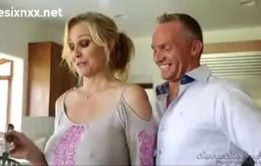 Xxx incesto com mamae gostosa fudendo com seu filho