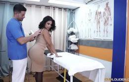 X video porno com Kesha Ortega anal da bunda grande