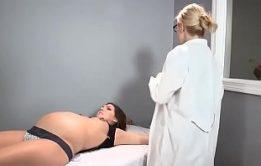Hentai Futanari sexo com mães gravidas